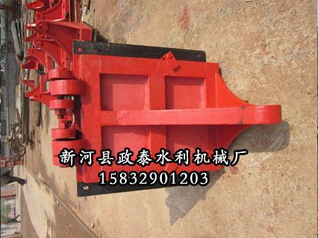 0.6m方形铸铁闸门