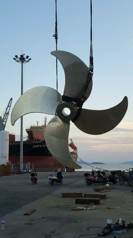 抛光后螺旋桨修理