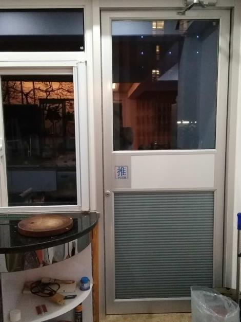 广州高档商务用门定制_广州安装肯德基门服务厂家