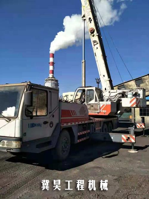 25吨吊车
