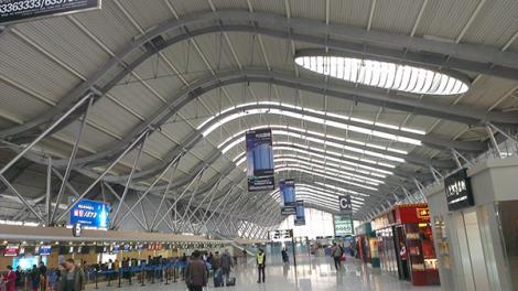 高铁站管桁架钢结构工程