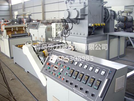 熱收縮帶涂膠設備