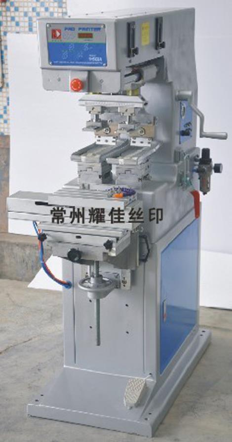 M2 S双色穿梭移印机加工