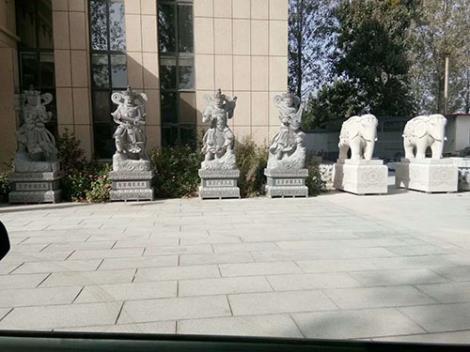 动物雕塑厂家定制