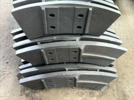 铸石衬板维修