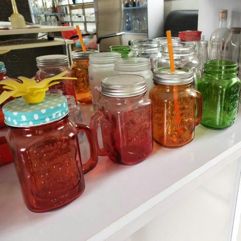 彩色创意玻璃水杯