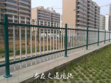 围墙护栏安装