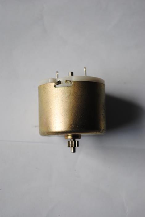 4240直流电机