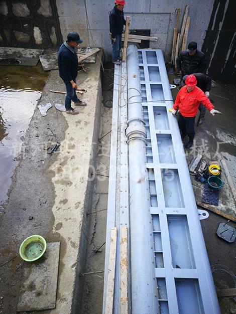 钢坝闸门安装调试
