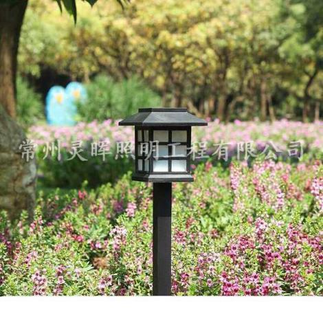 太阳能石头草坪灯
