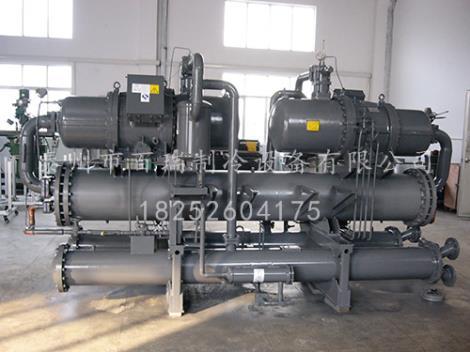 工業冷水機安裝