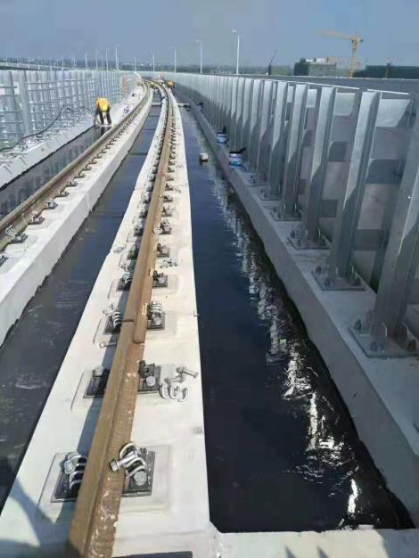 地铁高架桥面防水施工