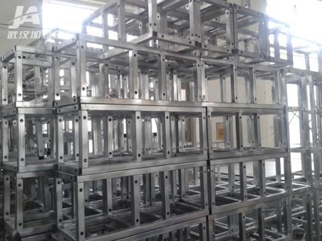 钢铁桁架供货商