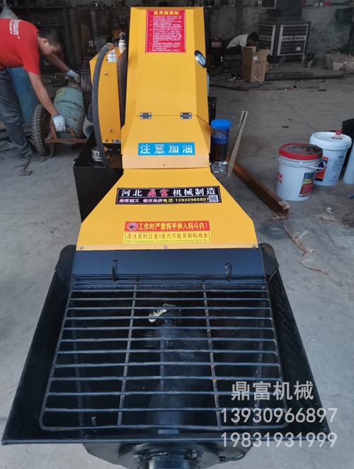 小斜式混凝土输送泵生产厂家