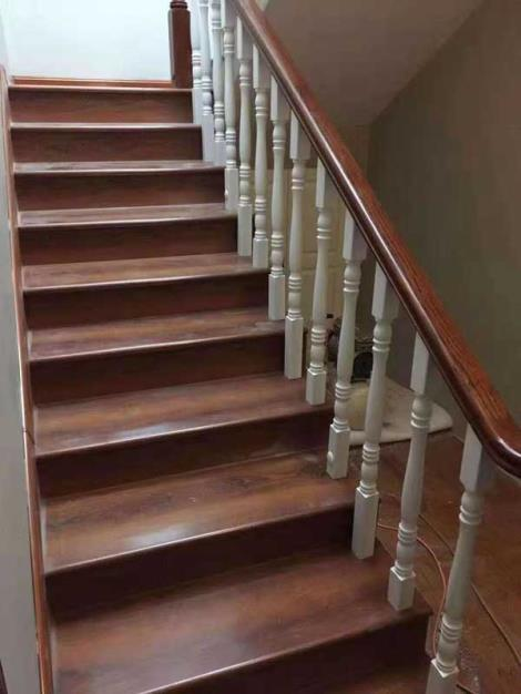实木楼梯踏步板安装