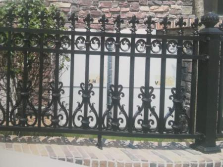 铝艺护栏生产商