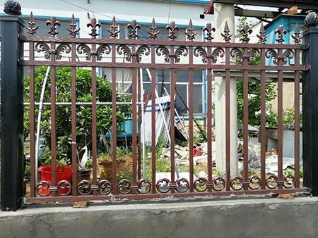 铝艺护栏安装