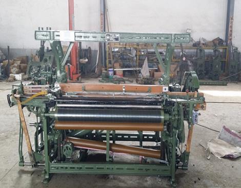 GA615A-1X4机械多梭箱织机
