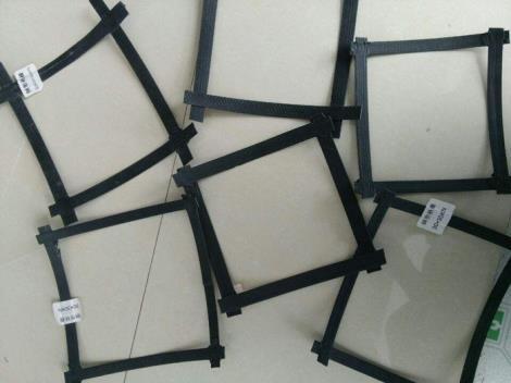 钢塑双向土工格栅