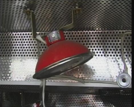 车用自动灭火装置