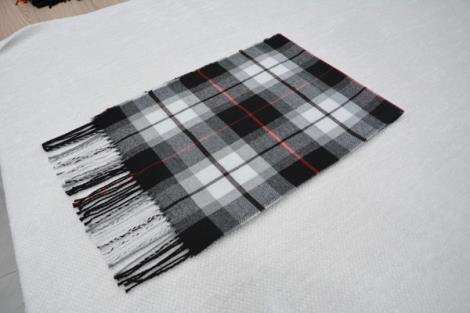 格子仿羊绒围巾1