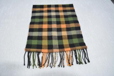 格子仿羊绒围巾5