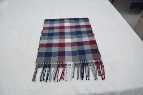 格子仿羊绒围巾6