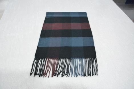 格子仿羊绒围巾10
