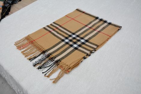 格子仿羊绒围巾12