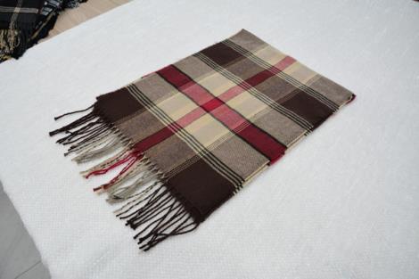 格子仿羊绒围巾14