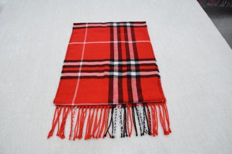 格子仿羊绒围巾18