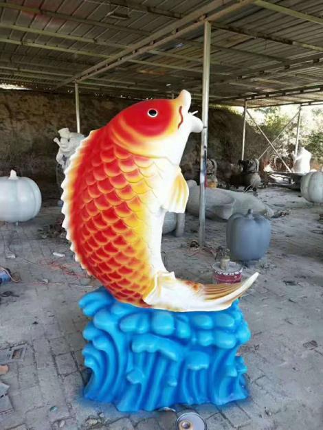 彩繪動物雕塑