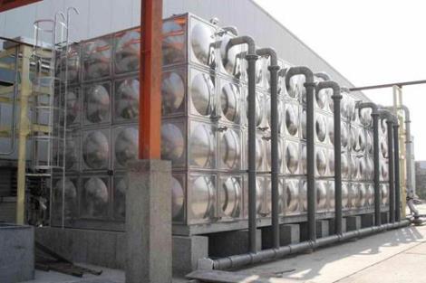 居民樓儲水箱
