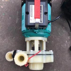 防腐化料泵