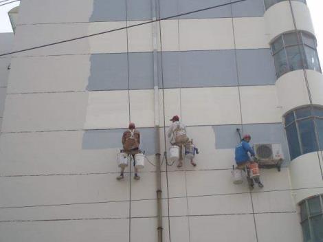 外墙翻新施工