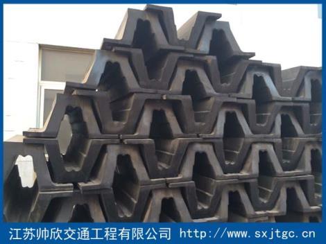 DA型橡胶护舷生产厂家