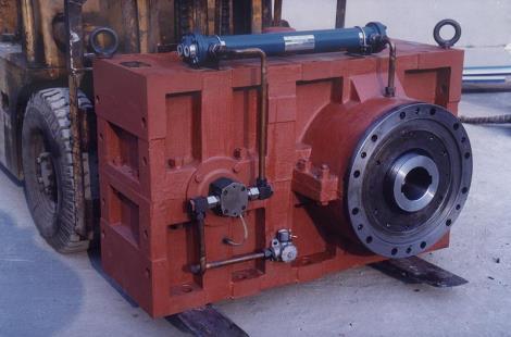 塑机齿轮箱及配件