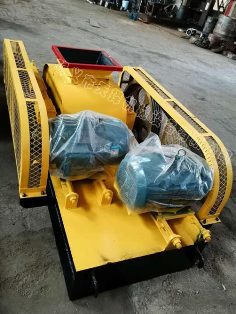 南京高压对辊制砂机         扬州对辊破碎机厂家