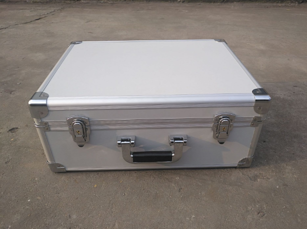 厂家直销 铝箱定制 定做手提铝合金工具箱