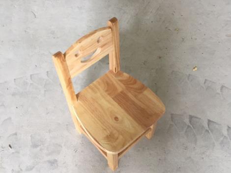 幼兒園椅子