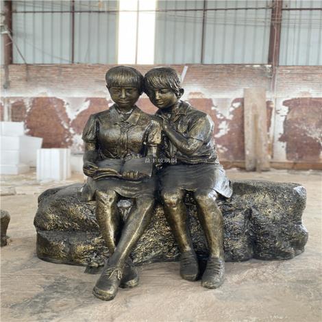 江西玻璃鋼人物雕塑仿銅雕像