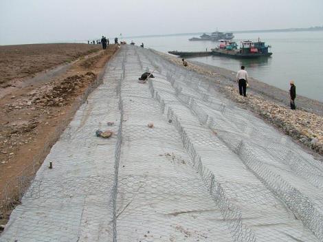 河岸护坡防洪镀高尔凡格宾网治理河道