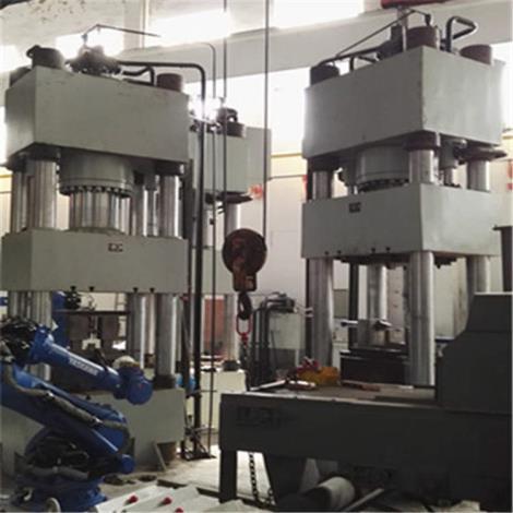 四柱式液壓機